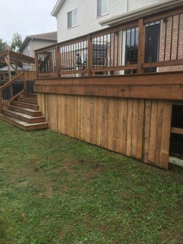 Custom Cedar Deck & Stairs